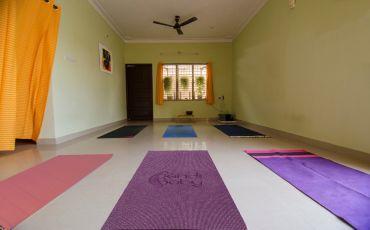 Balance Yoga-9217_azlf9o.jpg