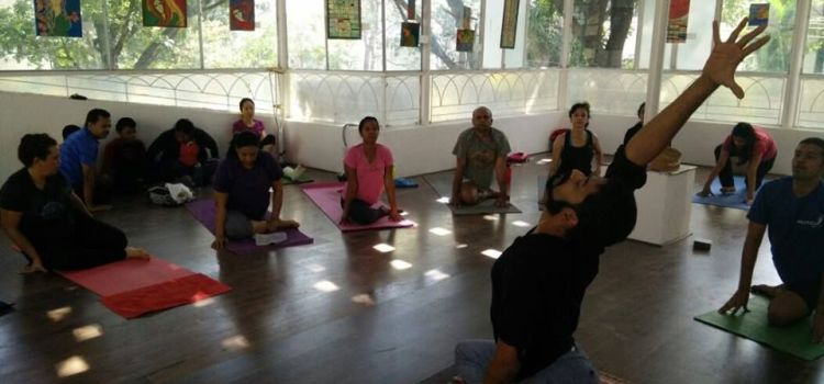 Total Yoga-Indiranagar-1531_pq1god.jpg