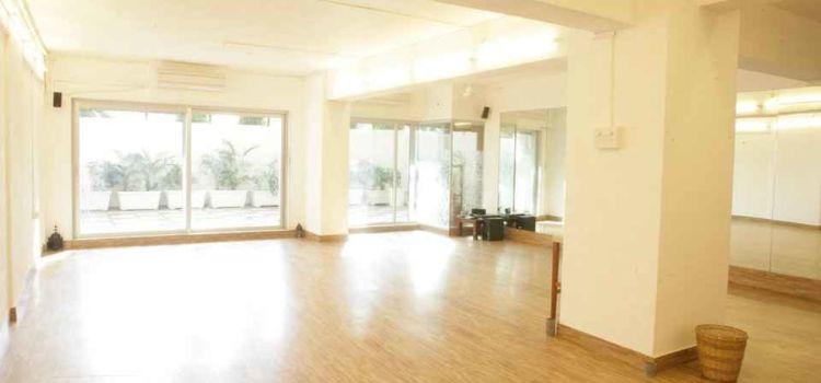 Studio Balance-Charni Road-4257_fyputl.jpg
