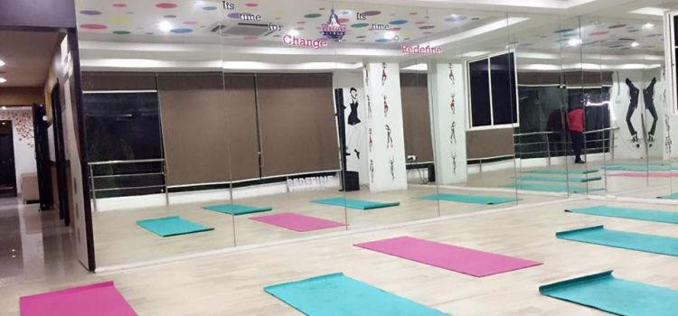 Redefine Fitness-Kondapur-5828_qspaaa.jpg