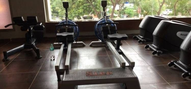 Life Fitness Point-Prahlad Nagar-6385_c1yem9.jpg