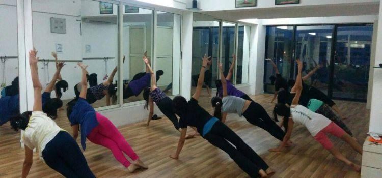 Sway Dance Studio-Bodakdev-6439_hi7hwk.jpg