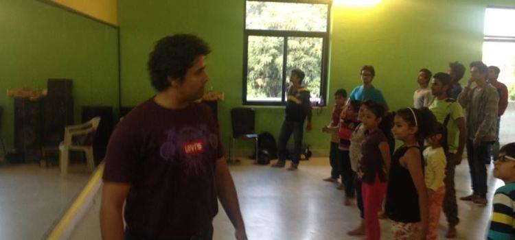 Buskers The Dance Institute-Ambabari-7617_g7kizv.jpg