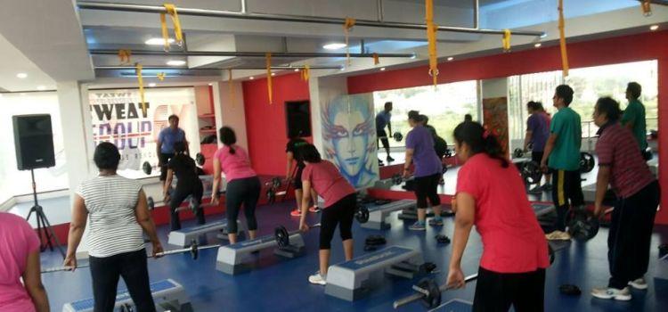 Group EX Fitness Revolution-Richards Town-8148_ubeghs.jpg