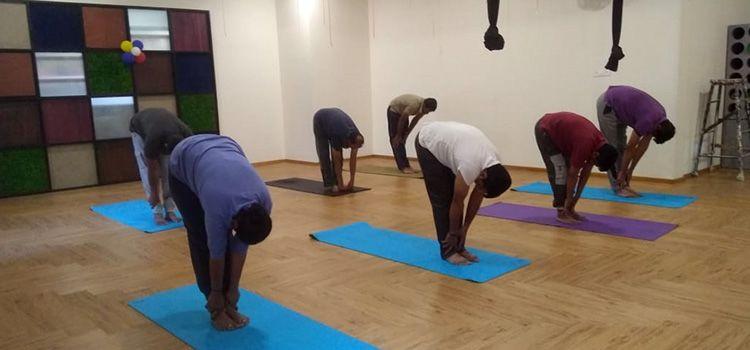Sarva Yoga Studio-Nagarbhavi-10543_fitbmd.jpg