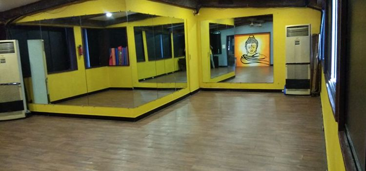 Sarva Yoga Studio-Ulsoor-10895_jcacem.jpg